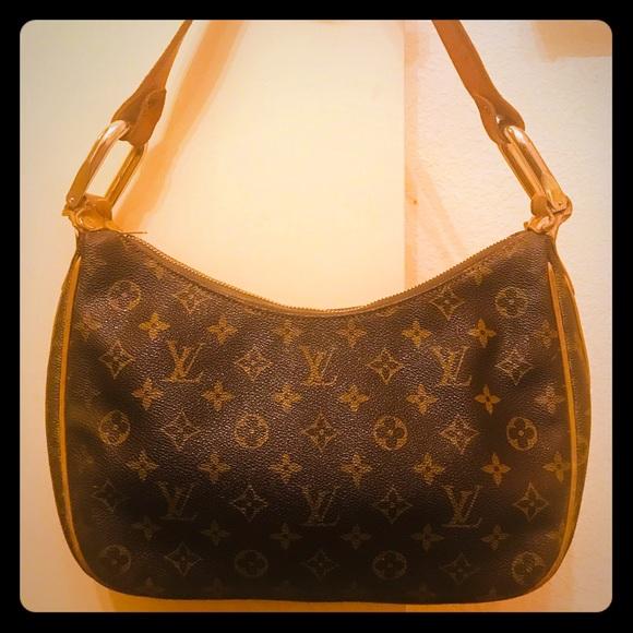 e040fed90b91 Louis Vuitton Handbags - 💯 VTG. LV French Co. Hobo Style Shoulder Bag
